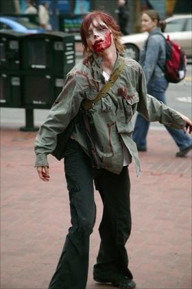 Zombiemarketstreet_2