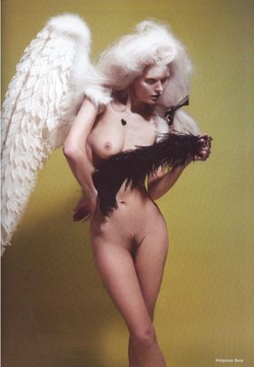 Kate_moss_angel