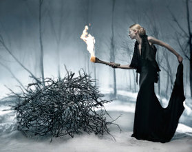 Bonfires_burn_winter_lady