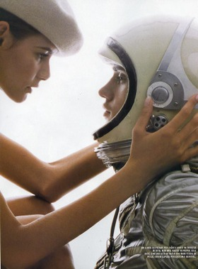 Theresa_and_jeremy_couple_in_space_helme_2